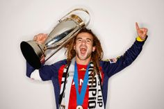 RSL Captain Kyle Beckerman holding the 2009 MLS Cup. Kyle Beckerman, Real Soccer, Real Salt Lake, Mls Cup, Some People Say, Champion, Dreadlocks, Hubba Hubba, My Style