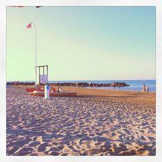Rivabella beach. Il salvataggio ha staccato... Estate 2012