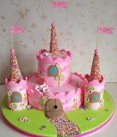 Pastel de castillo como un pastel para cumpleaños de niños de una niña - Backen und süsse Geschenke - Pretty Cakes, Cute Cakes, Beautiful Cakes, Amazing Cakes, Cake Cookies, Cupcake Cakes, Torta Angel, Kale Pasta, Birthday Cake Girls