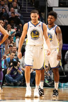 85bacec0d1d3 Golden State Warriors Pictures and Photos