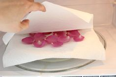 eHow  Home  Home Design & Decor  Home Decor  How to Dry Rose Petals How to Dry Rose Petals   By Jonathan Fong eHow Contributor Last updated February 06, 2015  72  51  14  15  Email 174Found This Helpful When you receive a bouquet of fresh roses, preserve their beauty and fragrance by drying the rose petals. Dried rose petals are perfect for making potpourri, but they can also be used as dramatic embellishments in card making, as an organic element when pouring your own candles and soap…