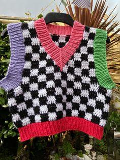 Pull Crochet, Mode Crochet, Knit Crochet, Crochet Stitches, Crochet Tops, Crochet Shirt, Crochet Crop Top, Crochet Cardigan, Crochet Motif