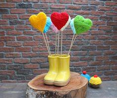 topo de bolo - coração trama de lã