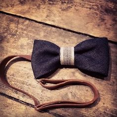 Bow tie, leather strap