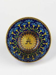Fernand Thesmar. V&A Museum. Bowl. 1893. Gold, plique-à-jour enamel