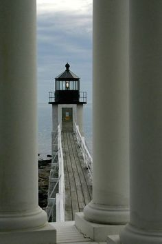 Marshall Point Light Station, Port Clyde Harbor, Port Clyde, Maine It's one on our Haunted Maine Lighthouse Tour! Maine Lighthouses, Lighthouse Pictures, Point Light, Beacon Of Light, Coastal Living, New England, Beautiful Places, Places To Visit, Scenery