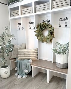 Jan 2020 - Transform a cluttered room into a functional and organized space. Order Script Wood Letters, paint and hang them to give the mudroom a one-of-a-kind look. Flur Design, Design Design, Farmhouse Chic, Industrial Farmhouse Decor, Modern Farmhouse Living Room Decor, Farmhouse Office, Modern Entryway, Entryway Wall, Vintage Farmhouse Decor
