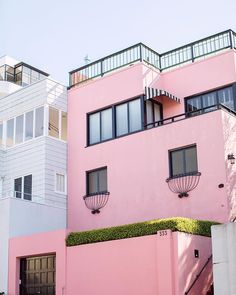 Stripes and stucco in #SanFran