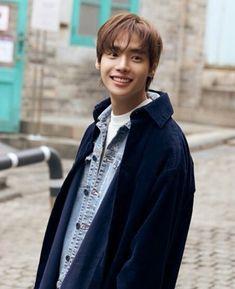 Everytime i look at you i feel im Comfortable😍💜 Hip Hop, Asian Actors, Korean Actors, Korean Idols, Korean Dramas, Korean Celebrities, Korean Men, Yg Entertainment, Jaewon One