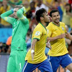 Polêmica e 2 de Neymar: Brasil bate Croácia em estreia tensa