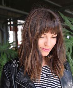 33 Flattering Bangs Hairstyles to Inspire You This Year - Highpe
