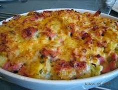 Koken en Kitch: Bloemkool ovenschotel met ham I Love Food, Good Food, Yummy Food, Easy Cooking, Cooking Recipes, Healthy Recipes, Chicken Bacon Pasta, Oven Dishes, Dutch Recipes