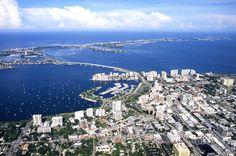 Downtown Sarasota FLORIDA USA. Hay Minas Lindas En Sarasota.