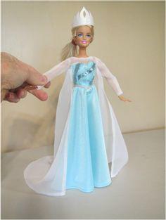 Frozen costumes for barbie Sewing Barbie Clothes, Elf Clothes, Doll Dress Patterns, Barbie Patterns, Frozen Dress, Elsa Dress, Snowflake Dress, Bride Dolls, Barbie Dress