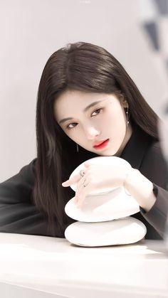 """Agak Vulgar ceritanya""""ψ(`∇')ψ fiksi in fiksiremaja Beautiful Chinese Girl, Beautiful Fantasy Art, Beautiful Girl Photo, Girl Photo Poses, Girl Poses, Cute Korean Girl, China Girl, Ulzzang Girl, Girl Pictures"""