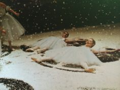 Here we can be seen making snow angels and just generally enjoying the last nutcracker of the season…when there are 27 of them and you do big party girl, snow, and flowers in every single one of them, this is the most liberating feeling in the world. Martha Graham, Angel Aesthetic, How To Make Snow, Snow Angels, Ballet Photography, Ballet Beautiful, Old Pictures, Faeries, Dame