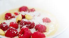 Grießpudding vegan, ein sehr schönes Rezept aus der Kategorie Vegan. Bewertungen: 17. Durchschnitt: Ø 4,6. Panna Cotta, Raspberry, Food And Drink, Fruit, Desserts, Ethnic Recipes, Coconut Milk, Soy Milk, Bakken