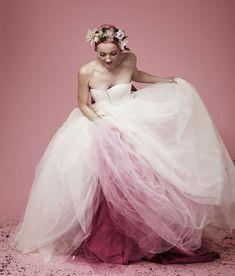 noiva-vestido-de-casamento-colorido-efeito-degrade-customizacao-dip-dye