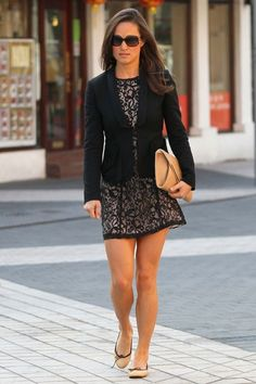 Pippa in a stunning, chic ensemble. Love!