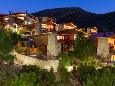 Avalon Springs - Avalon Springs is situated in Montagu and is the ideal getaway from everyday life. The resort features outdoor swimming pools, hot mineral springs, the Boomslang Waterslide and a spa. Soak up the healing . Outdoor Swimming Pool, Swimming Pools, Anti Bullying, Weekend Getaways, Mineral, Spa, Relax, Healing, River
