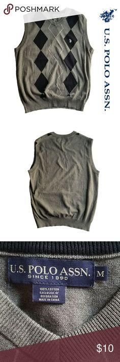 *FINAL PRICE* Mens U.S Assn. Diamond Sweater Vest Mens U.S Assn. sweater vest. Argyle design, grey and black. Size medium.  Great condition. U.S. Polo Assn. Sweaters