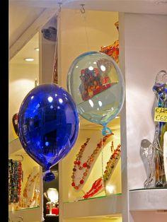 murano glass balloons - piazza san marco, venice, italy Venice Italy, Murano Glass, Cool Art, Christmas Bulbs, Balloons, Beautiful Places, Inspire, San, Cool Stuff