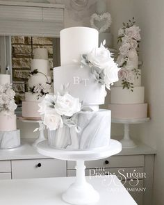Grey marble wedding cake Best Picture For wedding cake toppers cricut For Your Taste You are looking for something, and it is going to tell you exactly what you are looking for, and you d Big Wedding Cakes, Wedding Cake Rustic, Elegant Wedding Cakes, Beautiful Wedding Cakes, Wedding Cake Designs, Wedding Cake Toppers, Beautiful Cakes, Elegant Cakes, Lace Wedding