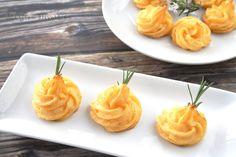 Patatas duquesas con queso de cabra y sobrasada
