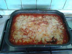 Parmigiana di zucchine Bimby al varoma; sana, nutriente e perfetta per i vegetariani :) ecco come prepararla facilmente solo con il Bimby! Ingredienti...