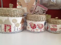 Cubre cestas, Cose y Calla. Sisal, Mario, Country Charm, Handmade Shop, Recycled Materials, Fun Crafts, Projects To Try, Basket, Embroidery