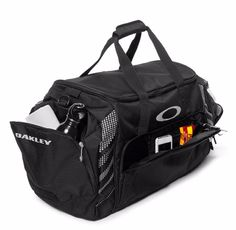 """Oakley 85L Large Sport 28"""" Black Duffle Bag Made For Travel Or The Gym - New #Oakley"""