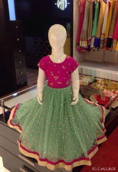 Grand long gown with heavy butti work - best online shopping for kids only at rachel boutique Source by benchaminkv Blouses Long Frocks For Kids, Frocks For Girls, Little Girl Dresses, Girls Dresses, Kids Dress Wear, Kids Gown, Baby Dress, Baby Frocks Designs, Kids Frocks Design