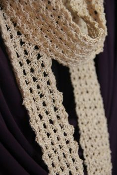 The Philosopher's Wife: Lacy Scarf--My First Time to Use Crochet Thread