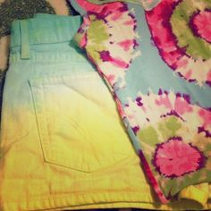 """Selling this """"Levi's Dip Dyed Denim Shorts"""" in my Poshmark closet! My username is: Diy Summer Clothes, Summer Diy, Summer Outfits, Dip Dyed, Username, Denim Shorts, Closet, Shopping, Style"""