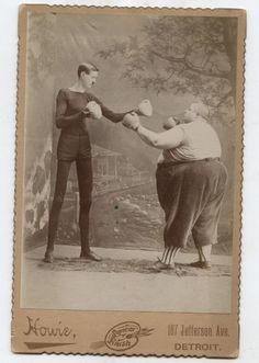 C.1890 CABINET CARD-FREAK SHOW HUMAN SKELETON (G. MOORE) BOXING FATMAN (F. HOWE)