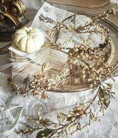 Brocante-charmante #waxcrown, #waxflowers, #antiquecrown,
