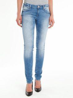 LINDY | Skinny-Jeans im hellblauem Vintage-Look | (23352)