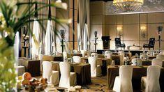 What a lovely furniture/stage format for a presentation.    Hong Kong Photo   Hong Kong Video   Four Seasons Hotel Hong Kong