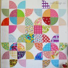 Modern Drunkard's path quilt Original Blog post: http://blog.petitdesignco.com/2012/09/polka.html
