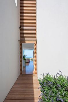 House A / Heidi Arad Architecture & Design kThis post has 28 リアクション tThis was posted 1ヶ月前 zThis has been tagged with #architecture #houses Rhttp://www.homedsgn.com/2013/02/08/house-a-by-heid...