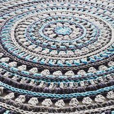 Pattern for Mandala Style Placemats now up on blog. #crochet #mandala #placemat #stitchesandsupper