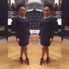 Vestido arrumadinho + tênis esportivo = você fashion e confortável. | 42 segredos de estilo que fazem toda a diferença no look