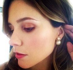 Dior Earrings Pearl Sophia Bush Style Diamond Are A S Best Friend Fashion Watches Jewelery Pearls Jewelry Accessories How To Wear