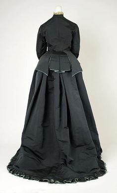 Ephemeral Elegance - Afternoon dress c. 1874 by Worth from The Met.