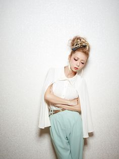 Momoko Ogihara in #MURUA Spring/Summer 2012 off-white 3-way cape shirt (can be worn as #sleeveless, #cape, or #dolman sleeve) #gyaru