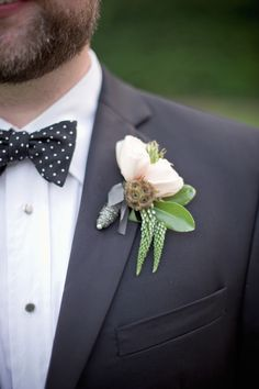 Boutonniere by shopoutofhand.com,   Photography by harwellphotography.com