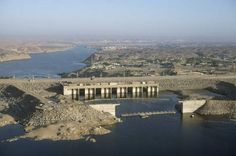 Aswan High Dam, Nile river, Aswan High Dam caused conflicts between Egypt and Sudan because of agreement for shared water and disagreements over sharing of water, SS7G2 element a, explain environmental problems