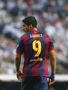 Sin pena ni gloria el mordelón del Suárez en el 3–1 madrilista: La Liga. Real Madrid vs. FC Barcelona [sábado, 25 de octubre de 2014].