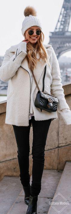 Black & White In Paris // Fashion Look by Leonie Hanne
