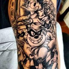 Resultado de imagem para tatuagem de tio patinhas no braço Sketch Tattoo Design, Tattoo Sketches, Tattoo Designs, Scary Faces, Scary Clowns, All Tattoos, Sleeve Tattoos, Tattoo Perna, Tatting